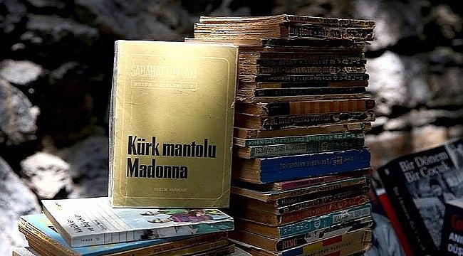 Yeni nesil hiç kitap okumuyor(!) kime göre okumuyor?..